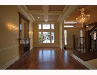 Photo 2: 8120 CANTLEY Road in Richmond: Lackner House for sale : MLS®# V739620