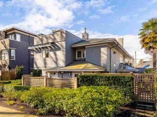 """Photo 2: 1363 WALNUT Street in Vancouver: Kitsilano Townhouse for sale in """"Kitsilano Point"""" (Vancouver West)  : MLS®# R2541056"""