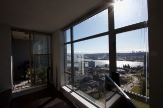"""Photo 23: 2005 280 ROSS Drive in New Westminster: Fraserview NW Condo for sale in """"THE CARLYLE ON VICTORIA HILL"""" : MLS®# R2563720"""