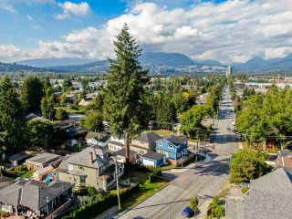 Photo 19: 2200 PITT RIVER Road in Port Coquitlam: Mary Hill House for sale : MLS®# R2421266