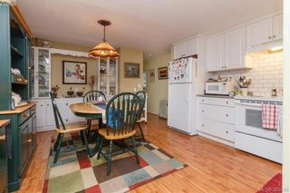 Photo 8: 15 1498 Admirals Rd in VICTORIA: VR Glentana Manufactured Home for sale (View Royal)  : MLS®# 775106