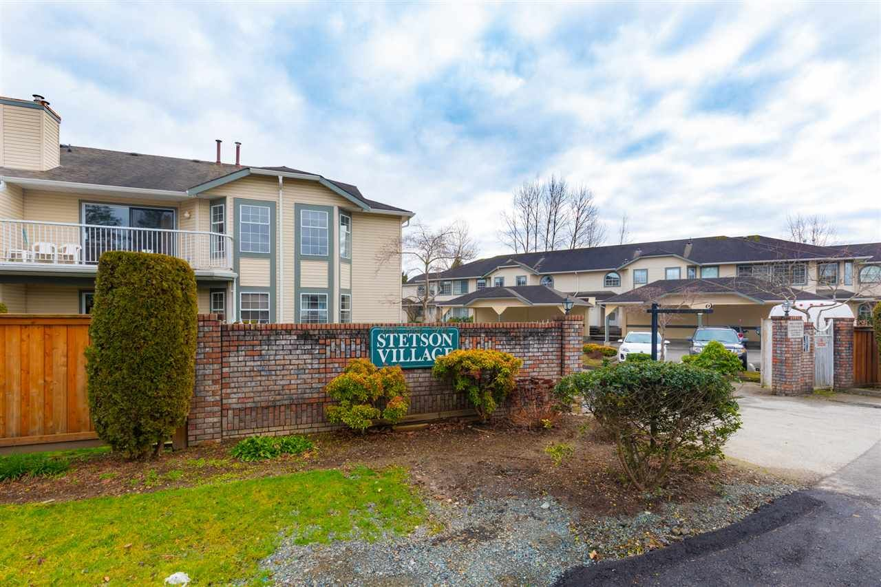 Main Photo: 2 5760 174 Street in Surrey: Cloverdale BC Townhouse for sale (Cloverdale)  : MLS®# R2534815