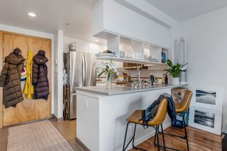 """Photo 12: 422 2255 W 4TH Avenue in Vancouver: Kitsilano Condo for sale in """"THE CAPERS BUILDING"""" (Vancouver West)  : MLS®# R2565232"""