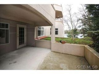 Photo 14: 111 1083 Tillicum Rd in VICTORIA: Es Kinsmen Park Condo for sale (Esquimalt)  : MLS®# 530725