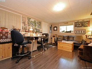 Photo 13: 738 Cameo St in VICTORIA: SE High Quadra House for sale (Saanich East)  : MLS®# 798445