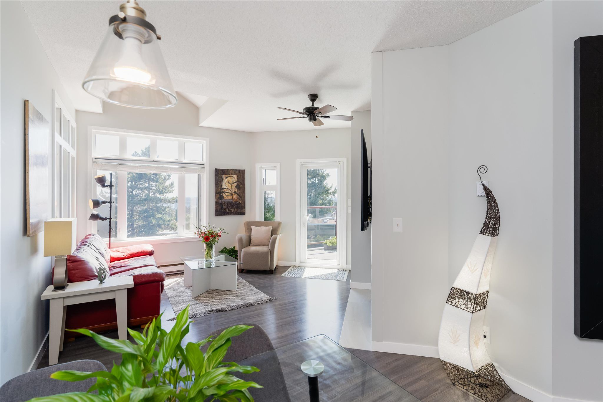 """Main Photo: 511 121 W 29TH Street in North Vancouver: Upper Lonsdale Condo for sale in """"Somerset Green"""" : MLS®# R2608574"""