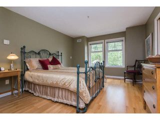 """Photo 8: 2 15432 16A Avenue in Surrey: King George Corridor Townhouse for sale in """"Carlton Court"""" (South Surrey White Rock)  : MLS®# F1449185"""