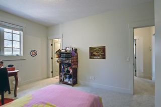 Photo 33: 165 Burma Star Road SW in Calgary: Currie Barracks Detached for sale : MLS®# A1127399