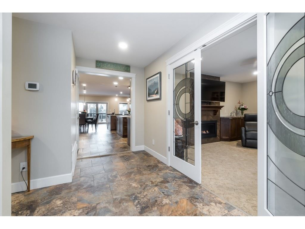 Photo 13: Photos: 11560 81A Avenue in Delta: Scottsdale House for sale (N. Delta)  : MLS®# R2520642