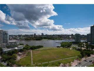 Photo 3: Vancouver West in Yaletown: Condo for sale : MLS®# R2079482