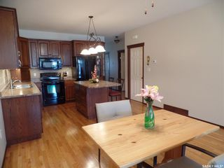 Photo 3: 3 5364 Progress Street in Macklin: Residential for sale : MLS®# SK864389