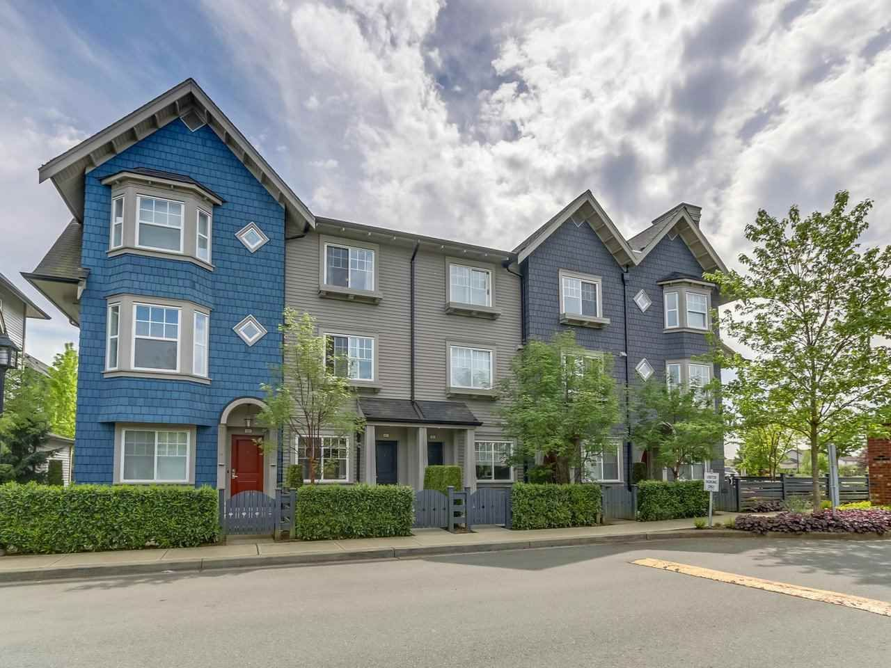 Main Photo: 67 6450 187 Street in Surrey: Cloverdale BC Townhouse for sale (Cloverdale)  : MLS®# R2267168