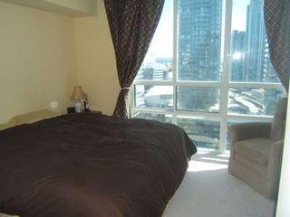 Photo 6: 9 30 Grand Trunk Crest in Toronto: Condo for sale (C01: TORONTO)  : MLS®# C1914833
