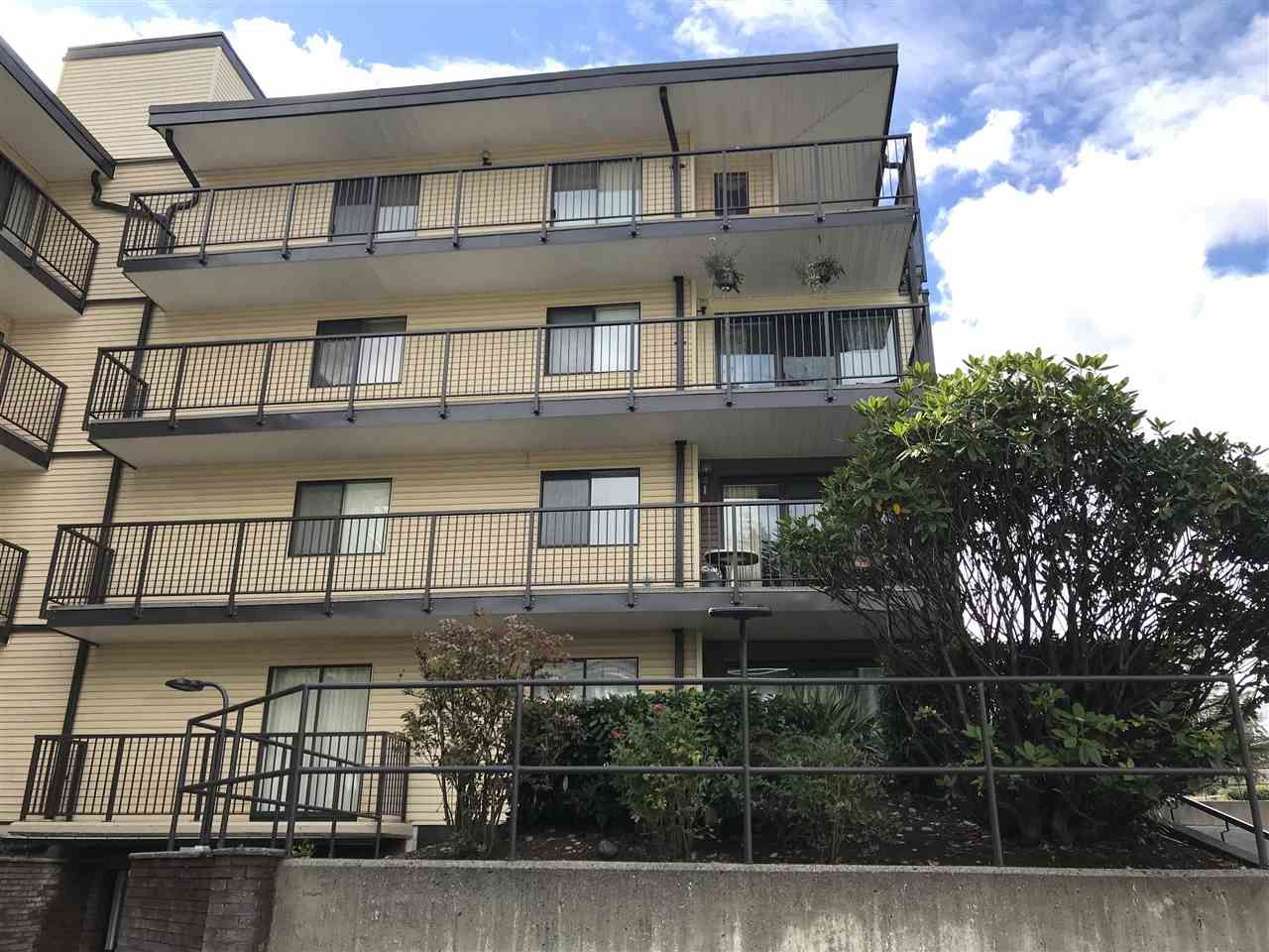 Main Photo: 208 32110 TIMS AVENUE in : Abbotsford West Condo for sale : MLS®# R2415687