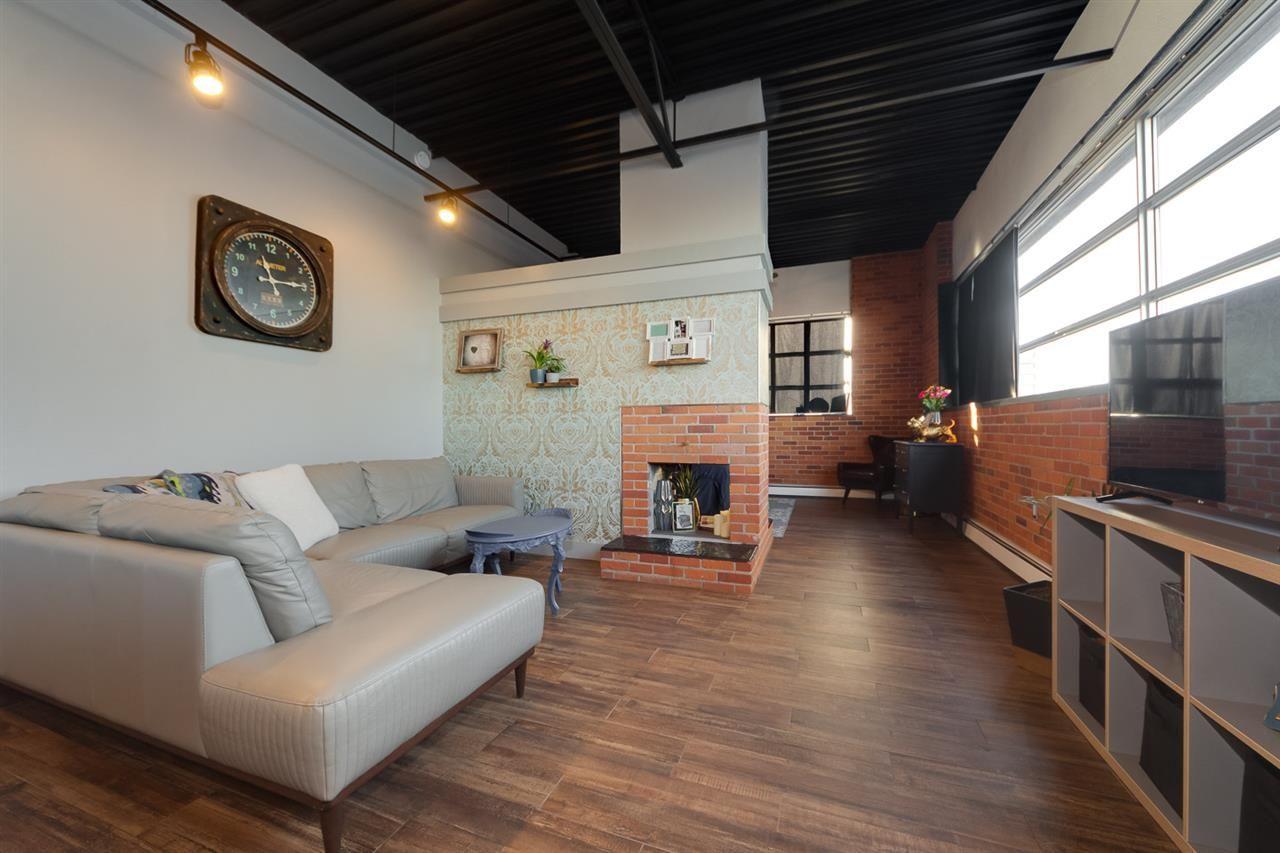 Main Photo: 301 10355 105 Street in Edmonton: Zone 12 Condo for sale : MLS®# E4225845