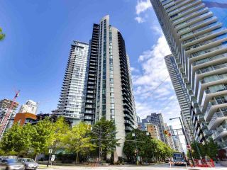 """Photo 2: 2506 501 PACIFIC Street in Vancouver: Downtown VW Condo for sale in """"THE 501"""" (Vancouver West)  : MLS®# R2579990"""