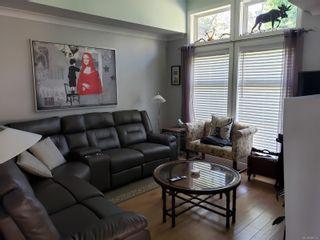 Photo 5: 2 3955 Oakwinds St in : SE Cedar Hill Row/Townhouse for sale (Saanich East)  : MLS®# 886155