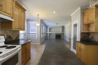 Photo 7: 14517 83 ave in Surrey: Bear Creek Green Timbers House for sale : MLS®# R2180826