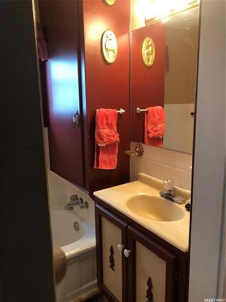 Photo 14: 135 6th Avenue Northeast in Swift Current: North East Residential for sale : MLS®# SK756388