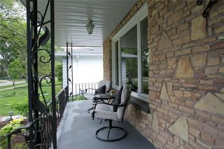 Photo 3: 282 Seven Oaks Avenue in Winnipeg: West Kildonan Residential for sale (4D)  : MLS®# 1817736