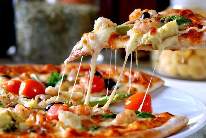 Main Photo: NW Calgary Pizza Take Out & Delivery Restaurant For Sale | MLS # C4287543 | robcampbell.ca