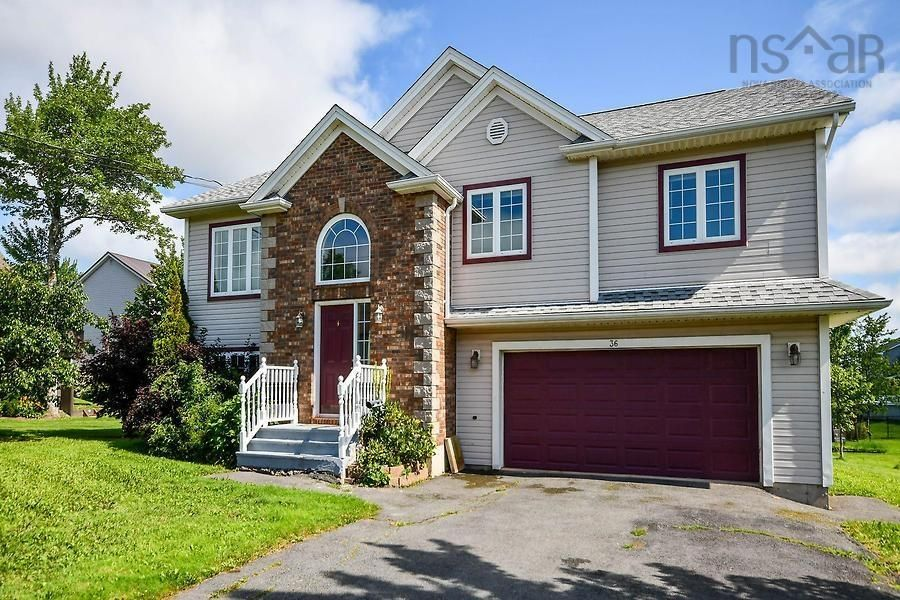 Main Photo: 36 Oakmount Drive in Lantz: 105-East Hants/Colchester West Residential for sale (Halifax-Dartmouth)  : MLS®# 202122040