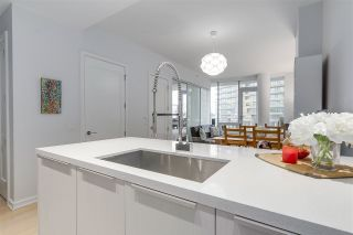 Photo 4: 307 1633 ONTARIO STREET in Vancouver: False Creek Condo for sale (Vancouver West)  : MLS®# R2232506