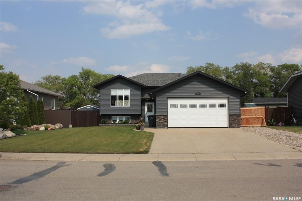 Main Photo: 307 Diefenbaker Avenue in Hague: Residential for sale : MLS®# SK863742