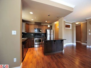 Photo 2: 105 2068 SANDALWOOD Crest in Abbotsford: Central Abbotsford Condo for sale : MLS®# F1222043