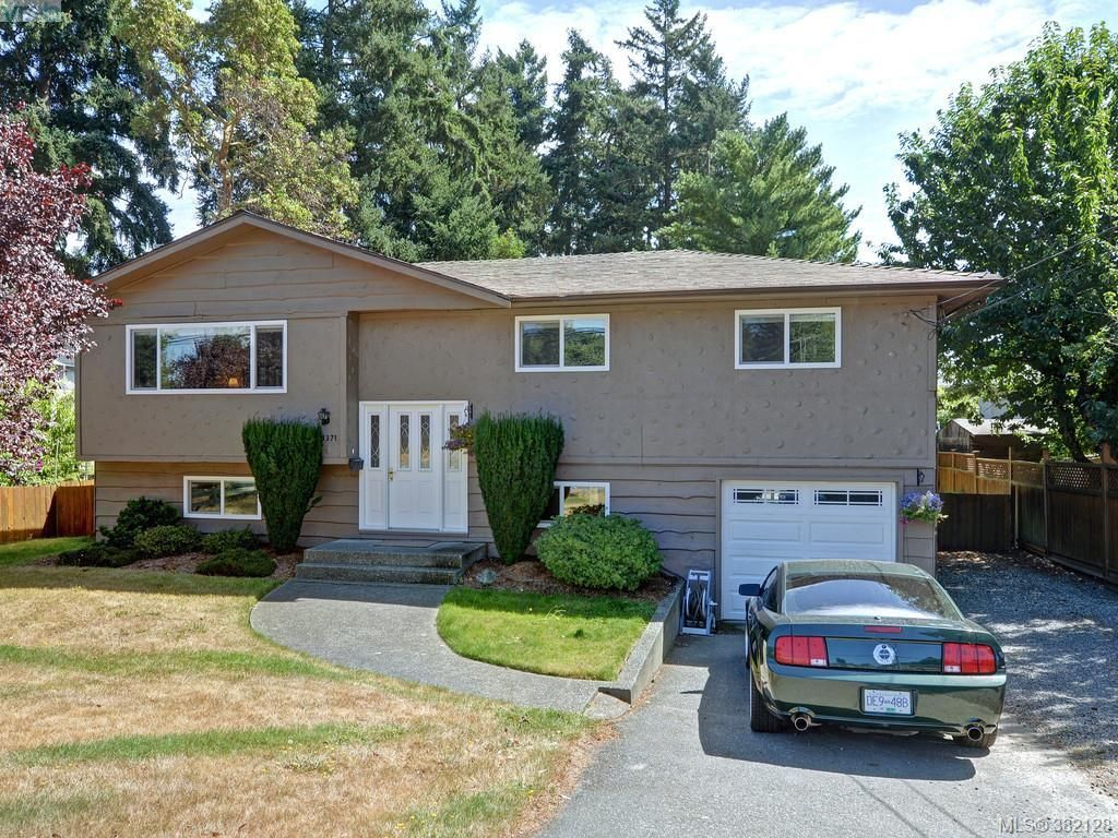 Main Photo: 3371 Wishart Rd in VICTORIA: Co Wishart South House for sale (Colwood)  : MLS®# 767695
