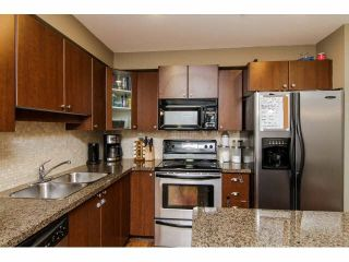 """Photo 9: 207 5488 198TH Street in Langley: Langley City Condo for sale in """"BROOKLYN WYND"""" : MLS®# F1436607"""