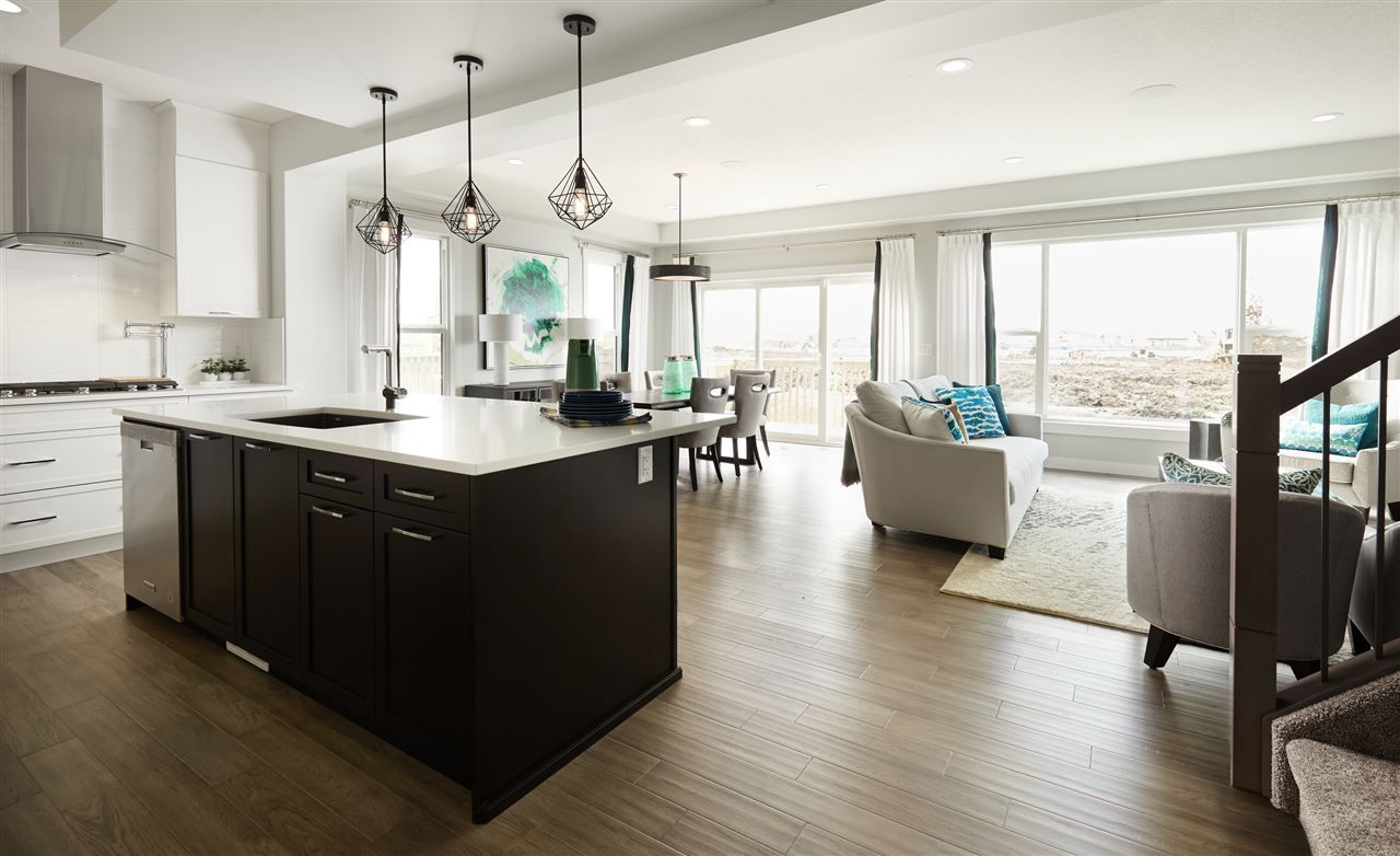 Main Photo: 443 CRYSTALLINA NERA Drive in Edmonton: Zone 28 House for sale : MLS®# E4224535