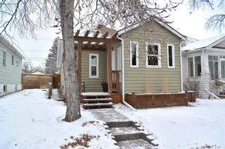 Photo 1: 724 20 Avenue NW in Calgary: Mount Pleasant Detached for sale : MLS®# A1064145
