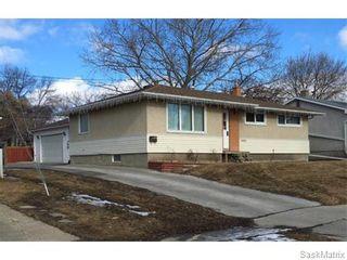 Photo 3: 4910 SHERWOOD Drive in Regina: Regent Park Single Family Dwelling for sale (Regina Area 02)  : MLS®# 565264
