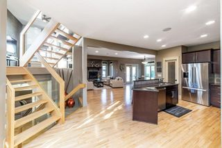 Photo 3: 275 Estate Way Crescent: Rural Sturgeon County House for sale : MLS®# E4266285