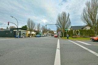 Photo 17: A 1950 Oak Bay Ave in Victoria: Vi Jubilee Business for sale : MLS®# 842965