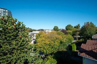 """Photo 22: 1441 W 70TH Avenue in Vancouver: Marpole Multi-Family Commercial for sale in """"Broadview Court"""" (Vancouver West)  : MLS®# C8038842"""