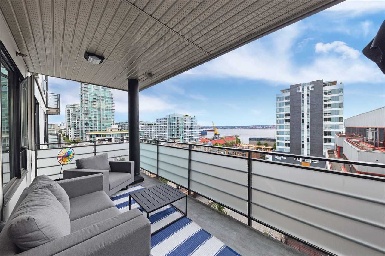 Main Photo: 511 123 W 1ST Street in North Vancouver: Lower Lonsdale Condo for sale : MLS®# R2479841