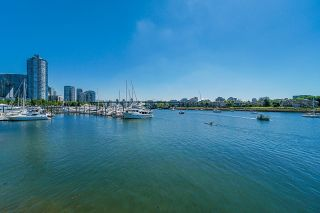 """Photo 35: 112 1288 MARINASIDE Crescent in Vancouver: Yaletown Townhouse for sale in """"Crestmark 1"""" (Vancouver West)  : MLS®# R2617495"""