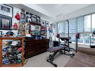 """Photo 17: 401 275 ROSS Drive in New Westminster: Fraserview NW Condo for sale in """"The Grove"""" : MLS®# V1128835"""