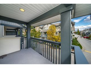 """Photo 8: 34 19250 65 Avenue in Surrey: Clayton Townhouse for sale in """"Sunberry Court"""" (Cloverdale)  : MLS®# R2409973"""