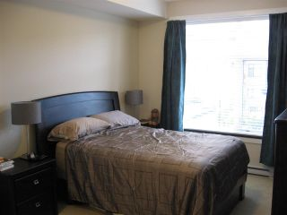 "Photo 11: 301 20078 FRASER Highway in Langley: Langley City Condo for sale in ""Varsity"" : MLS®# R2510892"