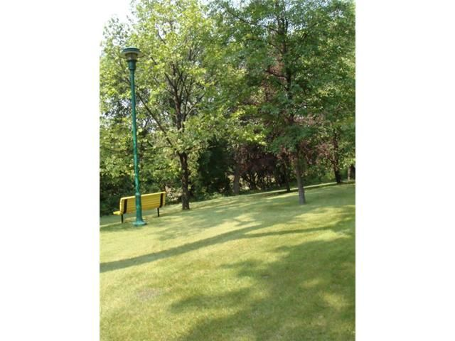 Photo 13: Photos: 300 Roslyn Road in WINNIPEG: Fort Rouge / Crescentwood / Riverview Condominium for sale (South Winnipeg)  : MLS®# 1016869