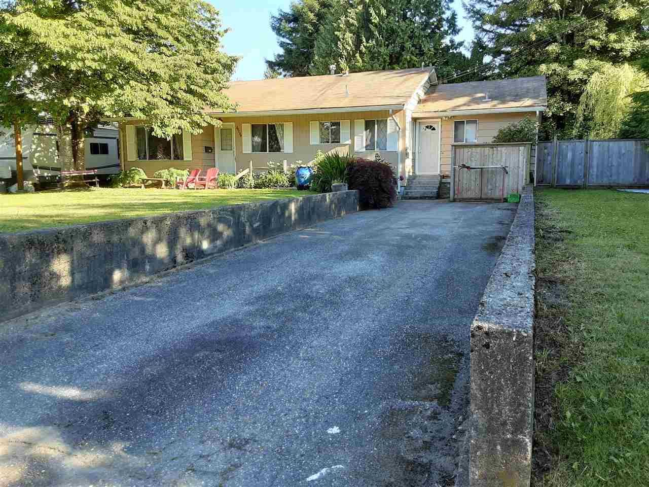 """Main Photo: 20280 50 Avenue in Langley: Langley City House for sale in """"SUNDELL GARDENS"""" : MLS®# R2581602"""