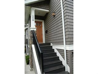 "Photo 2: 166 W 14TH AV in Vancouver: Mount Pleasant VW Townhouse for sale in ""Cambie Village"" (Vancouver West)  : MLS®# V987260"
