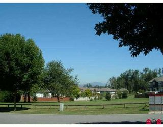 """Photo 7: 18236 CLAYTONHILL Drive in Surrey: Cloverdale BC House for sale in """"Claytonhill"""" (Cloverdale)  : MLS®# F2811117"""