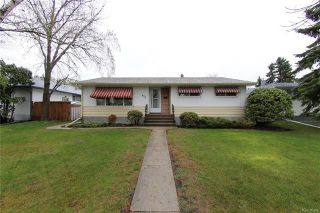 Photo 1: 872 Centennial Street in Winnipeg: River Heights South Residential for sale (1D)  : MLS®# 1813395