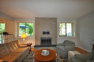 Photo 6: 900 Woodhall Dr in Saanich: SE High Quadra House for sale (Saanich East)  : MLS®# 840307