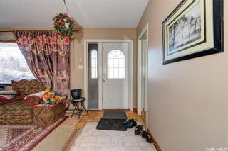 Photo 9: 204 Witney Avenue South in Saskatoon: Meadowgreen Residential for sale : MLS®# SK845574