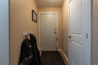 Photo 6: A 677 Otter Rd in : CR Campbell River Central Half Duplex for sale (Campbell River)  : MLS®# 881477